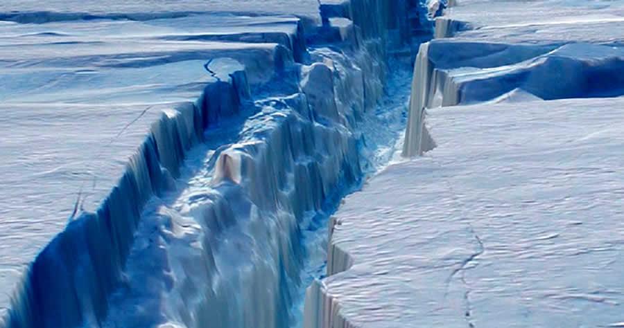 Antartico, si stacca iceberg grande come la Liguria